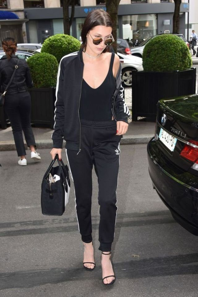 large_fustany-fashion-style_ideas-how_to_wear_tracksuits_in_a_chic_way-bella_hadid-1