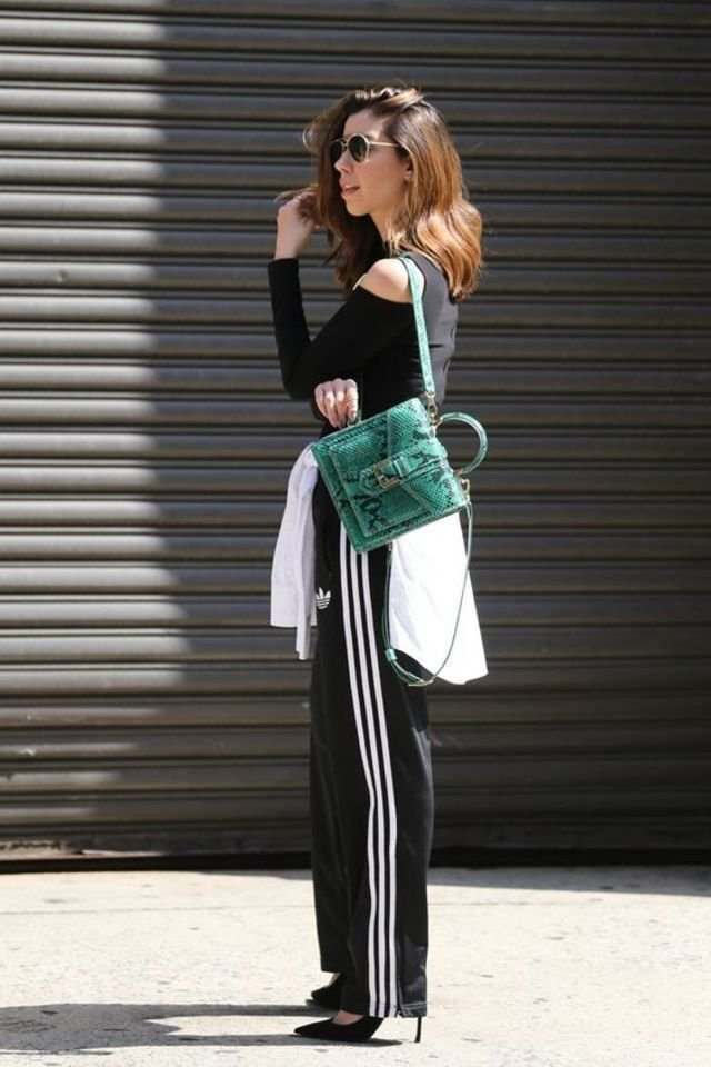 large_fustany-fashion-style_ideas-how_to_wear_tracksuits_in_a_chic_way-bella_hadid-9