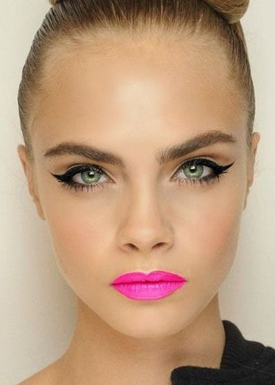 Fustany-Beauty-The_10_Most_Trendy_Lipstick_Colors_You_Should_Try_This_Spring-Fuchsia_Pink