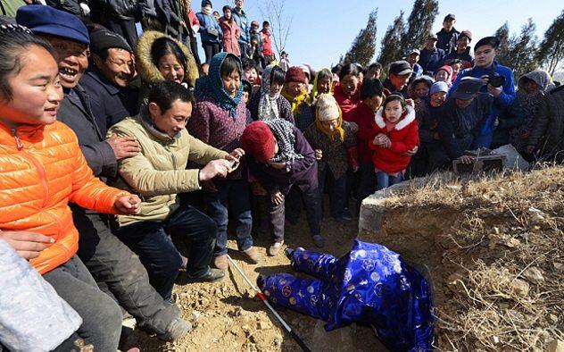 Zhang-Deyang-funeral